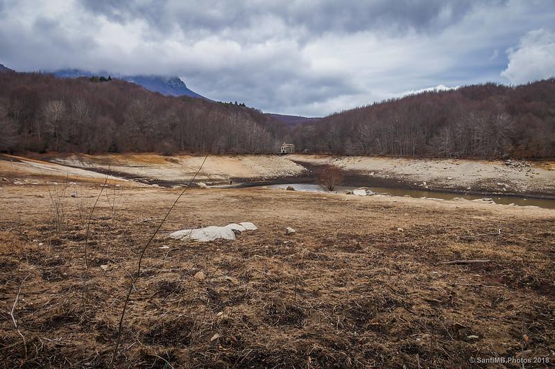 Pantano de Santa Fe de Montseny casi seco