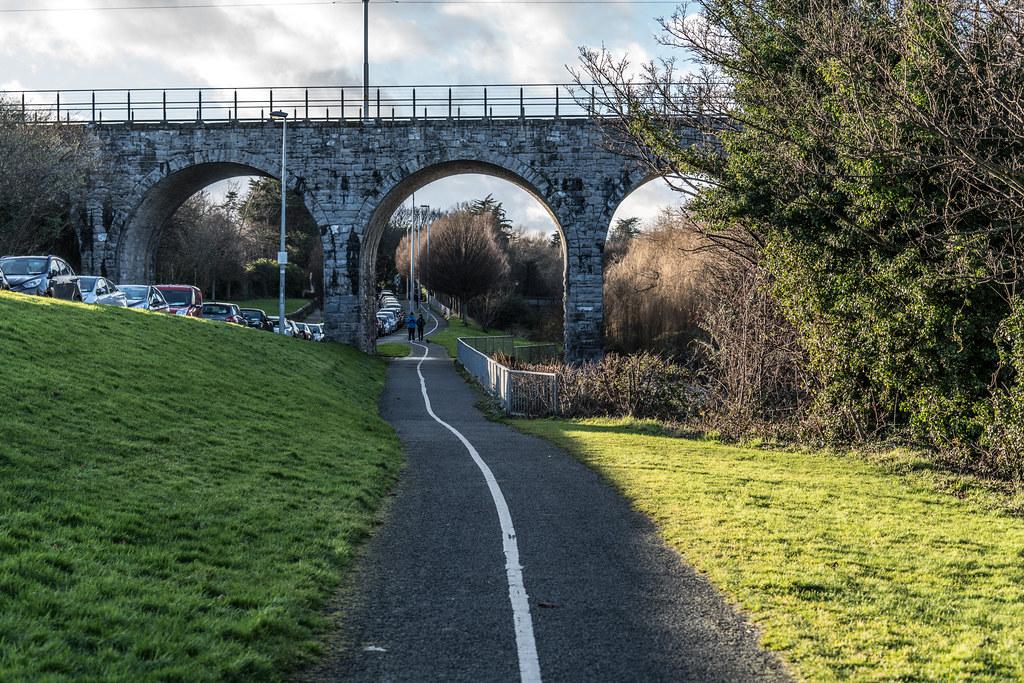 NINE ARCHES TRAM BRIDGE IN DUBLIN 001