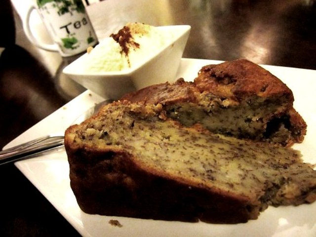 Payung Cafe banana cake