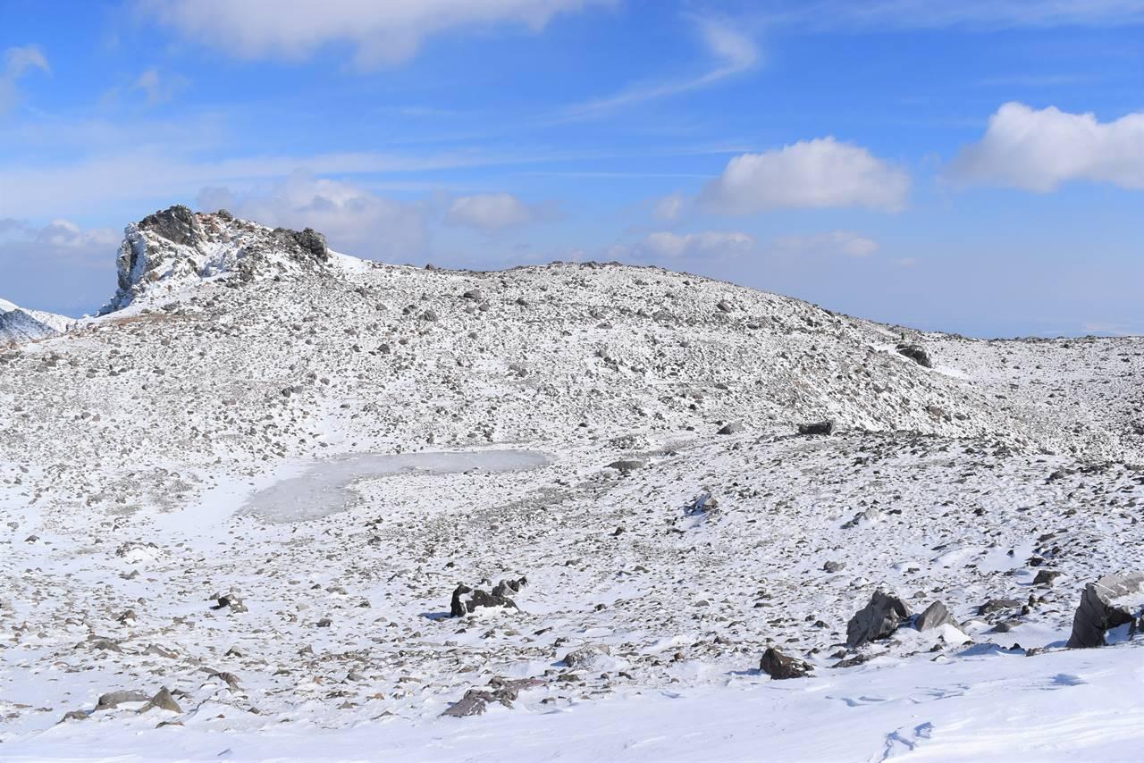 冬の那須岳・茶臼岳の火口