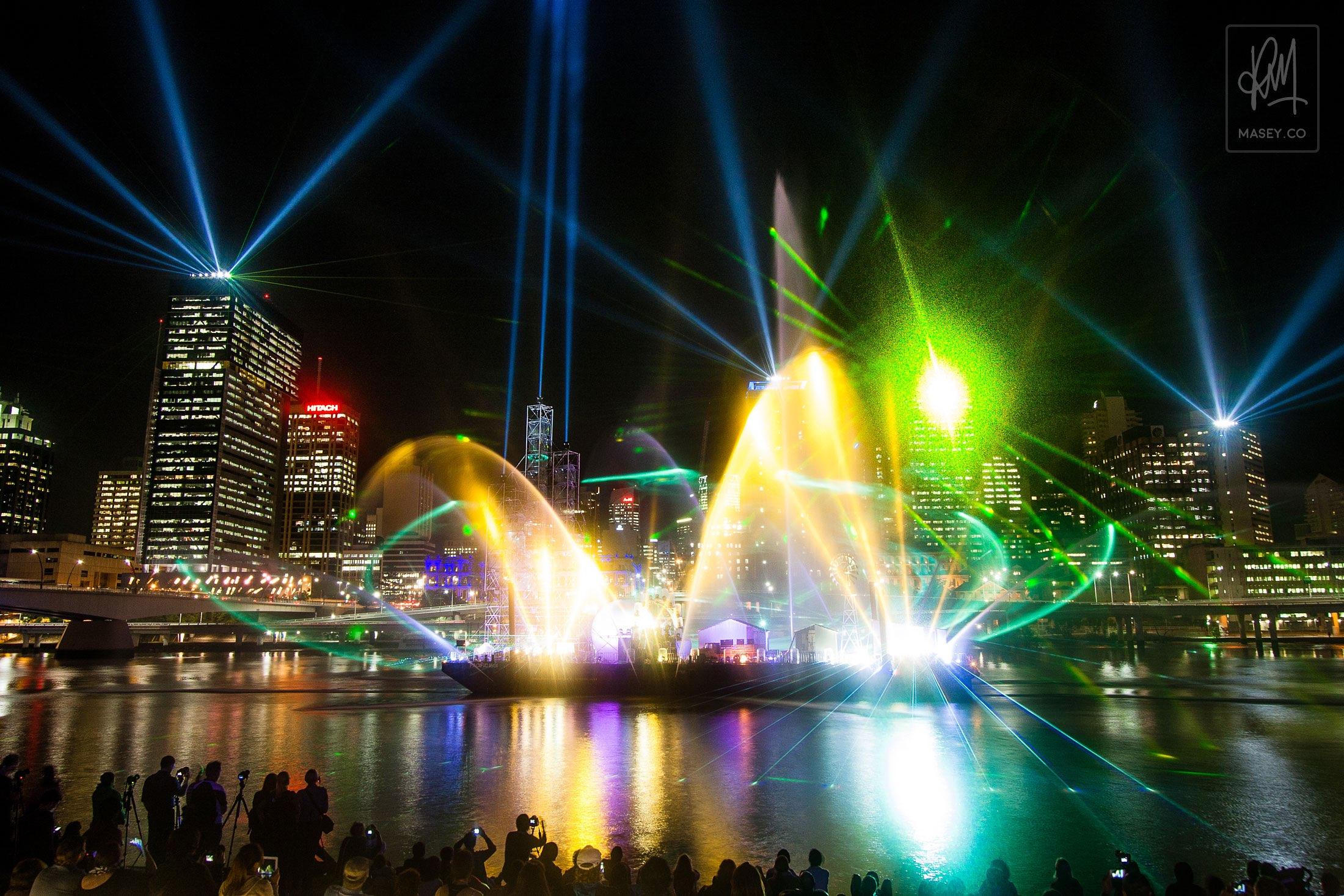 2012 Brisbane Riverfire