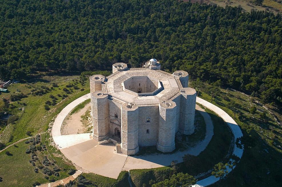 Resultado de imagen de castel del monte