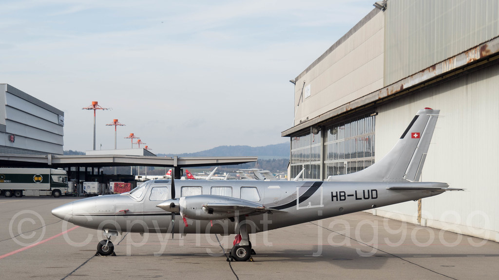 cavair hb lud piper pa 60 700p aerostar zurich airport s flickr rh flickr com