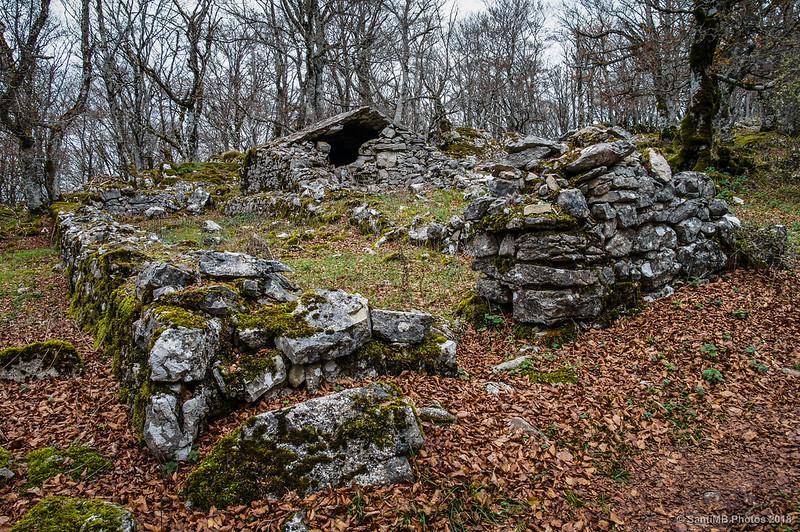 Txabola en ruinas cerca de San Adrián de Lizarraga
