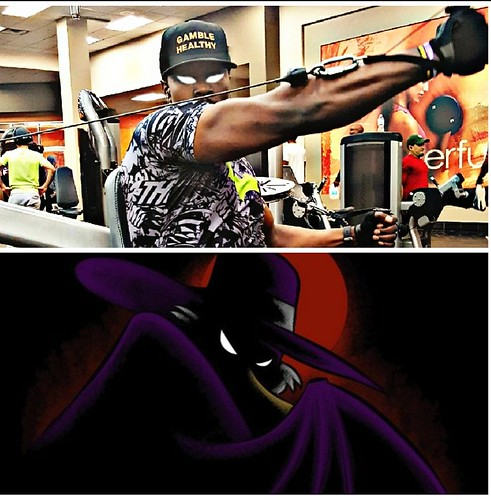 WHO DID IT BETTER?? COMMENT IF YOU KNOW THE NAME OF THE CARTOON BELOW! I'm looking forward to all of your guesses! #gamblehealthy ⚀❤ •🤔 •🤔 •💭 #fitness #fineblackmen #triceps #gains #goals #instagram #fitfa | by teamgamblehealthy