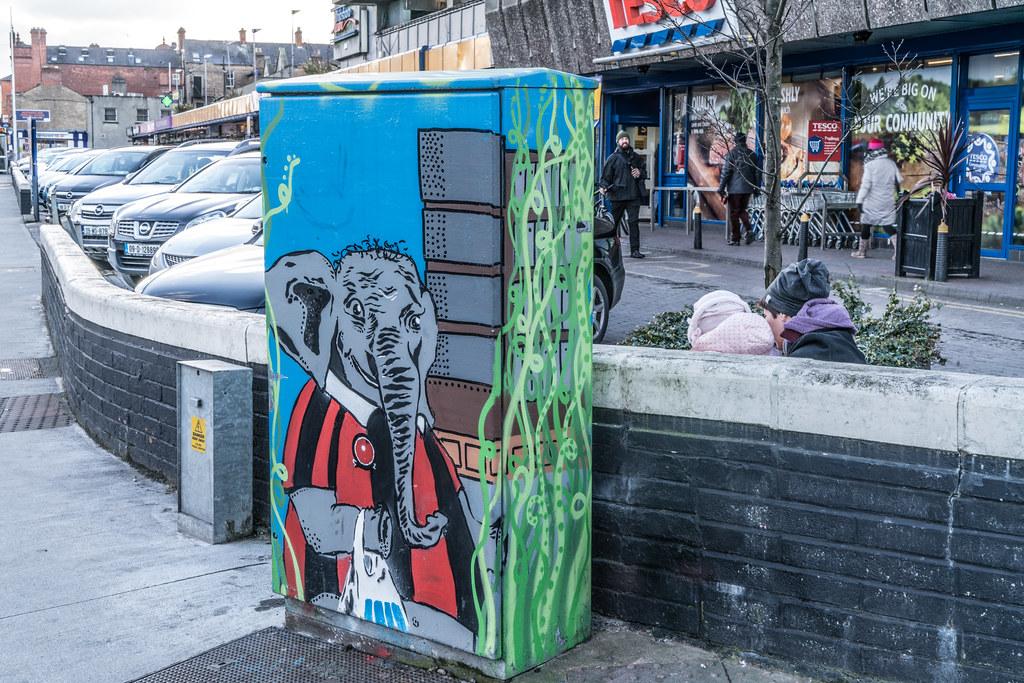 PAINT-A-BOX STREET ART AT PHIBSBOROUGH SHOPPING CENTRE 002
