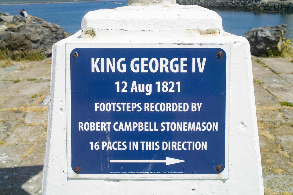 FAMOUS FOOTPRINTS IN HOWTH - KING GEORGE IV 002