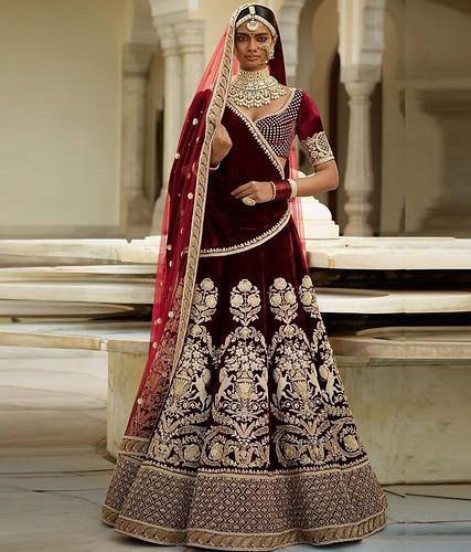 dresses Buy Now Gulkand Marron Velvet...