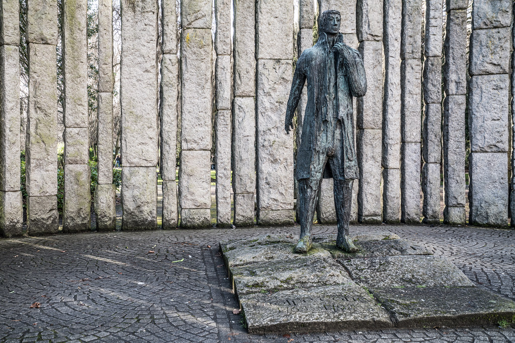 WOLFE TONE MONUMENT 004