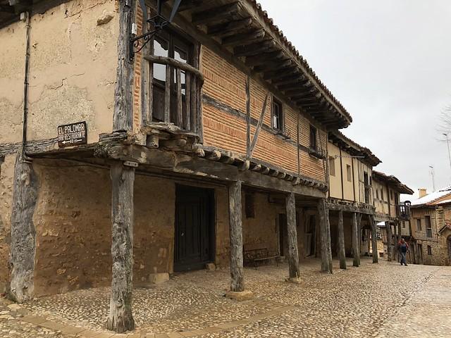 Calle Real de Calatañazor (Soria)