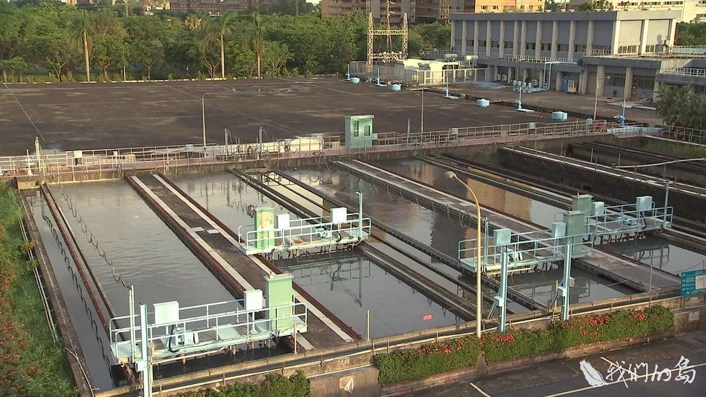 940-2-55自來水公司向市府提出鳥松濕地以地易地的構想,市府表示還在溝通協調中。