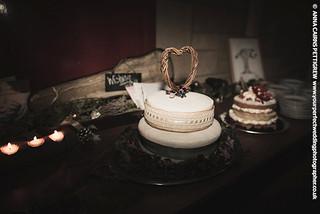 Alienbees b800 wedding cakes