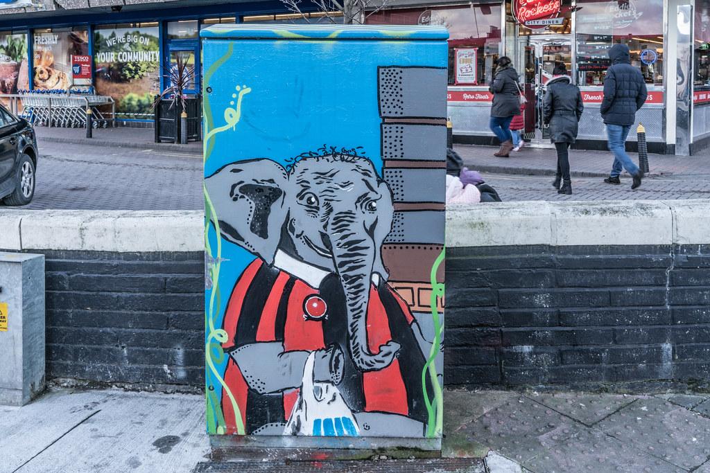 PAINT-A-BOX STREET ART AT PHIBSBOROUGH SHOPPING CENTRE 001