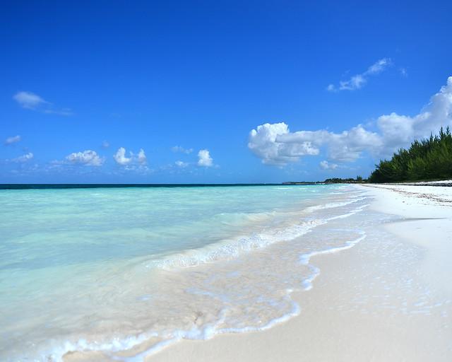 Orilla de la playa de Cayo Levisa