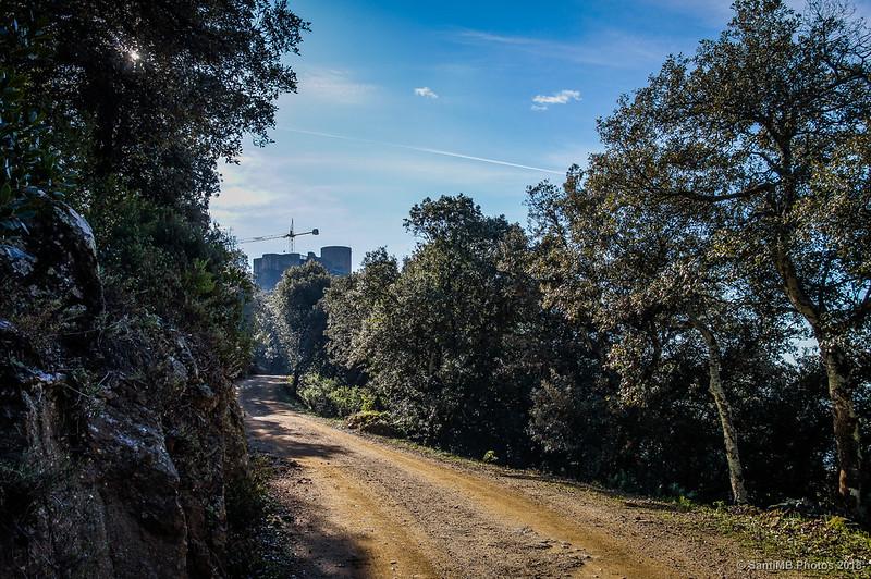 Llegando al Castell de Montsoriu
