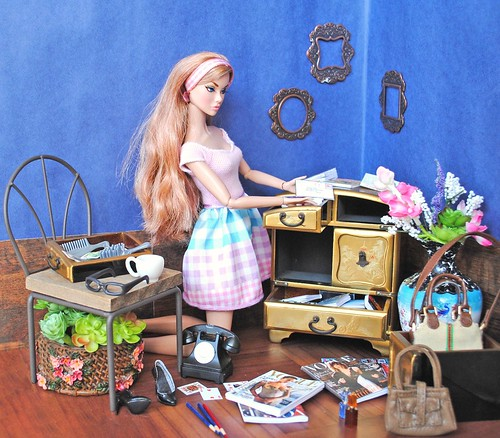 Poppy's messy room | by Emerald dress for doll