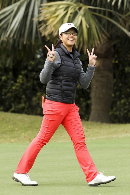 張雅淳目前暫居第一。(日立慈善盃女子高爾夫菁英賽提供)