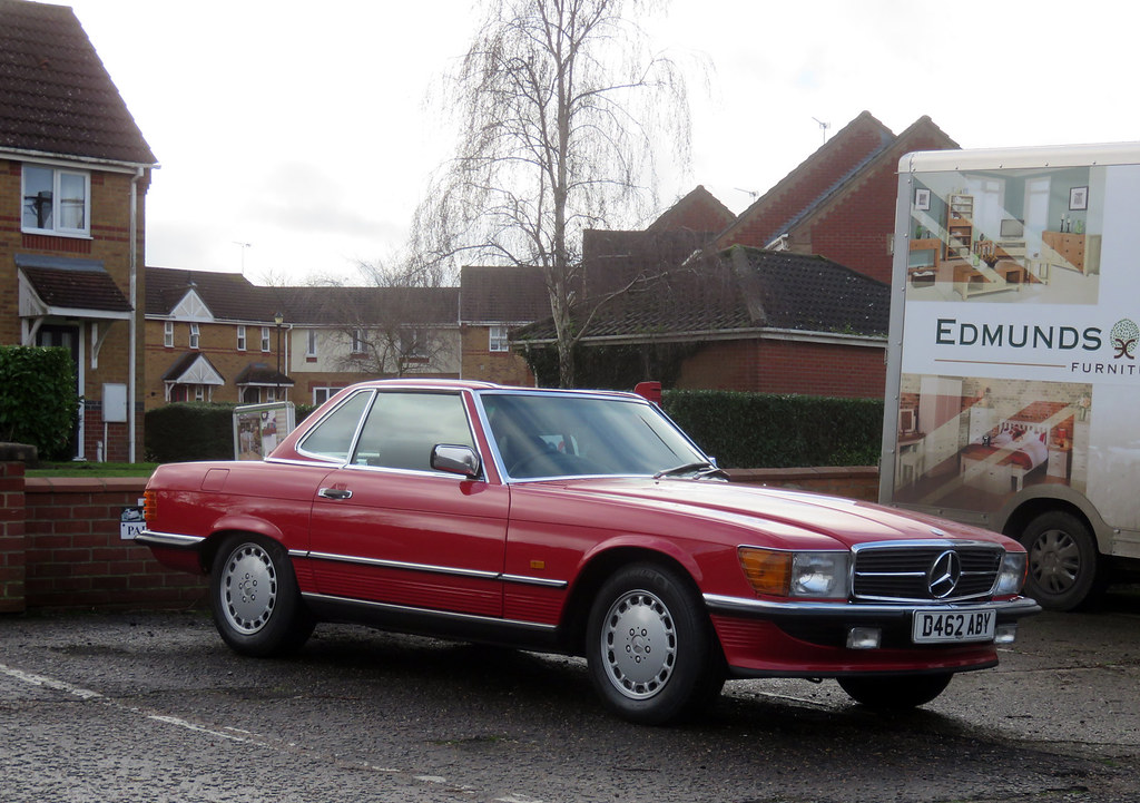 1987 Mercedes 300SL | Very tidy. A few older cars seen recen… | Flickr
