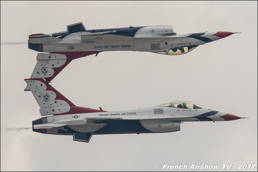 U.S.A.F. Thunderbirds - America's Ambassadors in Blue - F-16 Fighting Falcon , afthunderbirds , Royal International Air Tattoo 2017 , Air Tattoo – RIAT 2017 , Fairford , UK Airshow Review 2017 , Meeting Aerien 2017