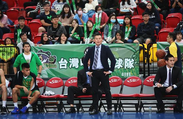 台啤教練周俊三。(籃協提供)