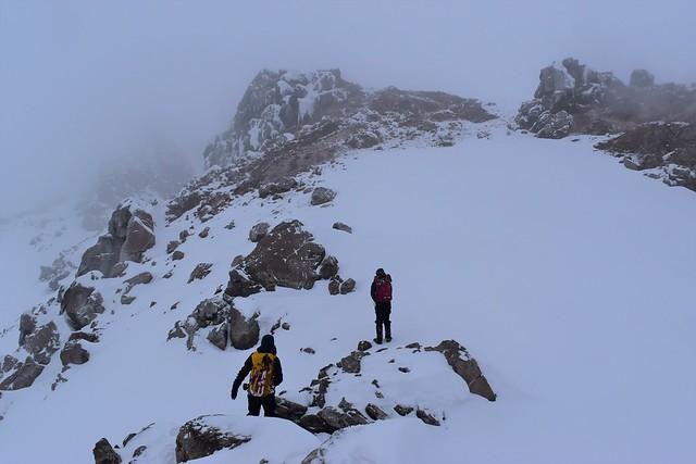 焼岳北峰の岩場