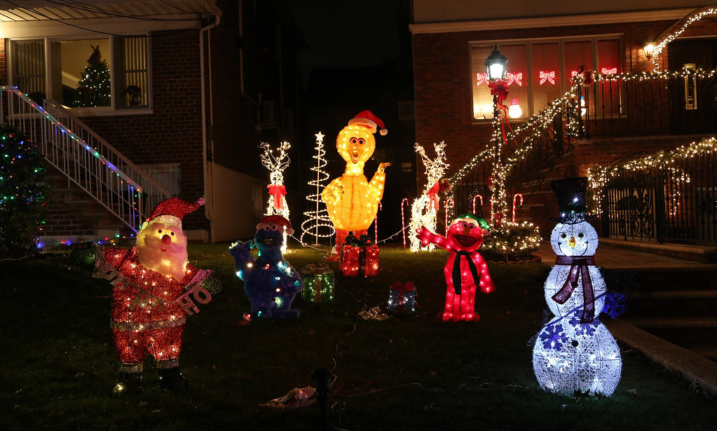 s dyker heights christmas lights 2017 by richs
