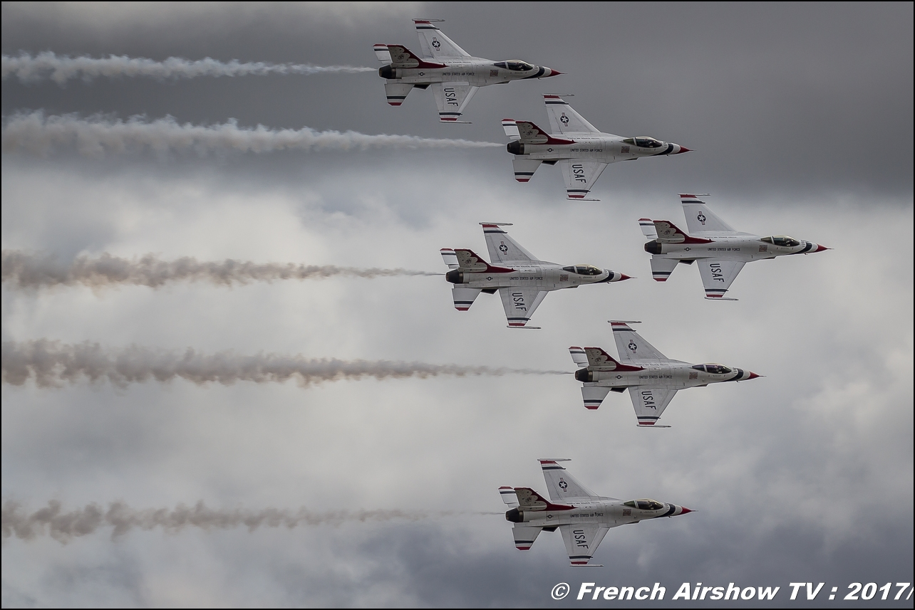 U.S.A.F. Thunderbirds - America's Ambassadors in Blue - F-16 Fighting Falcon , afthunderbirds , Royal International Air Tattoo 2017 , Air Tattoo – RIAT 2017 , Fairford , UK Airshow Review 2017 , Meeting Aerien 2017