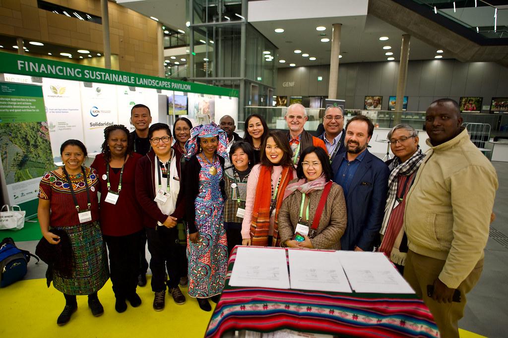 Glf Bonn 2017 Signature Agreement Global Landscapes Forum Flickr