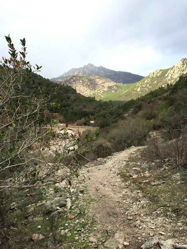 Le sentier après Ranuchjaghja jusqu'au Ponti di Marionu
