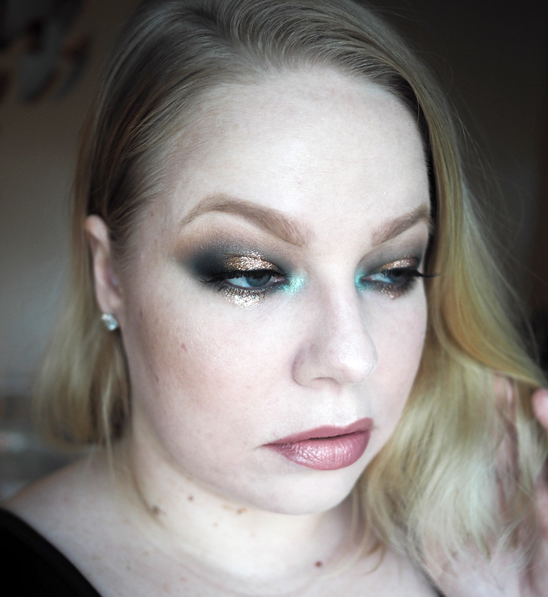 vihreä kulta pronssi uuden vuoden meikki glitter