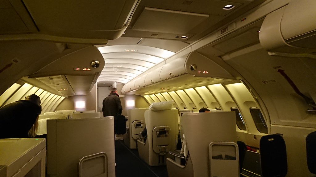 Frugal British Airways Ba Club World Business Class White Company Wash Bag Amenity Kit Airlines