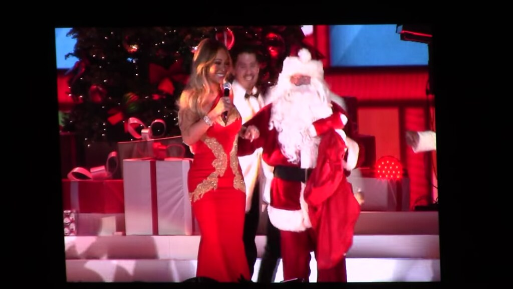 mariah carey 02 arena december 11th 2017 by christopher wilson