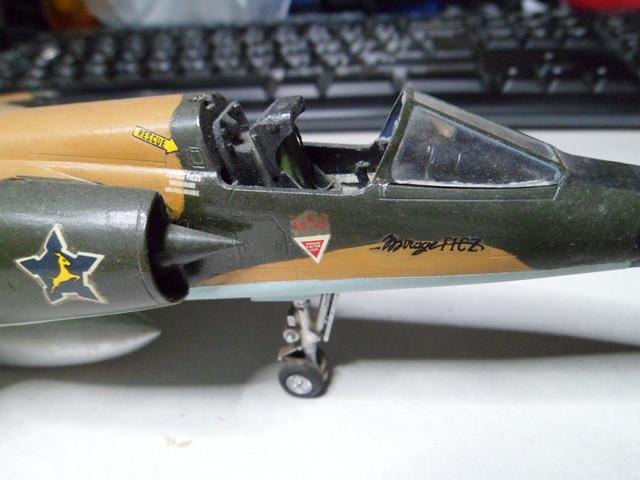 *Renaissance en-cours* Dassault Mirage F1 [ESCI 1/48] 39095174171_001cfc2467_z