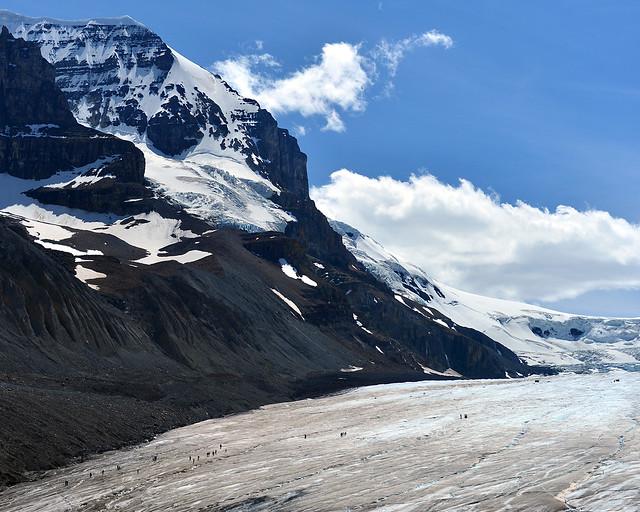 Panorámica del glaciar Athabasca, de los paisajes más bonitos que ver en Canadá