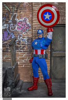 Mezco ONE 12 Casic Captain America | by manumasfotografo