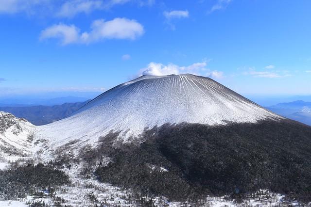 黒斑山からの雪の前掛山(浅間プリン)