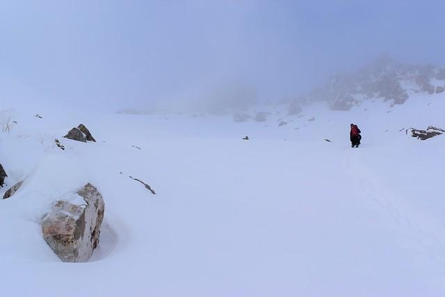 焼岳雪山登山 北峰へ