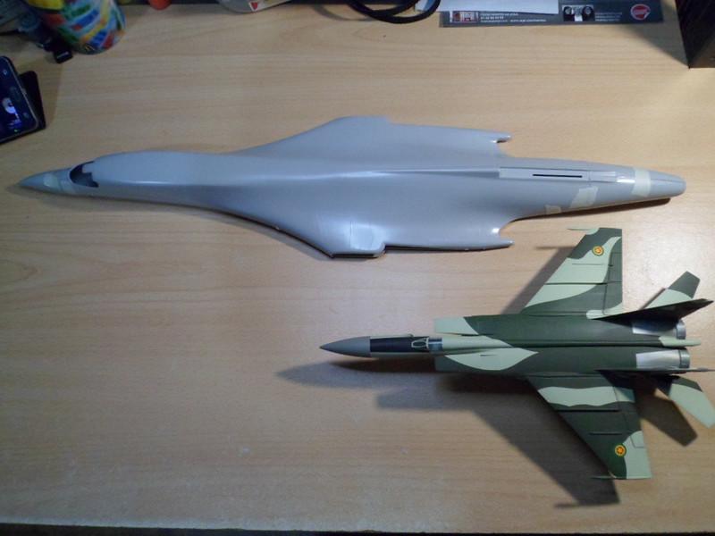 Défi moins de kits en cours : Rockwell B-1B porte-clé [Airfix 1/72] *** Abandon en pg 9 39559970921_9a9319e5c8_c