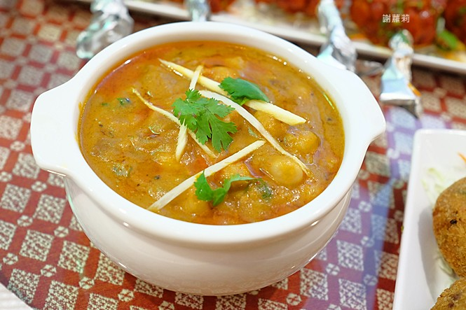 39276462832 b6b361c9e2 b - 熱血訪採 | Sree India Palace  斯里印度餐廳,道地印度主廚坐鎮真的超好吃,公益路巷弄內的異國隱藏版!