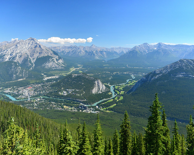 Banff, desde lo alto de su mirador, una de las imagenes más bonitas que ver en Canadá