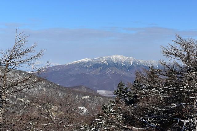 雪の四阿山