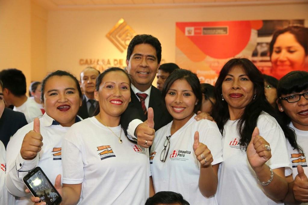 30.01.2018 MTPE reconoce experiencia laboral de 160 arequipeños