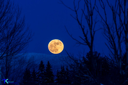 Moonrise | by Tim_NEK