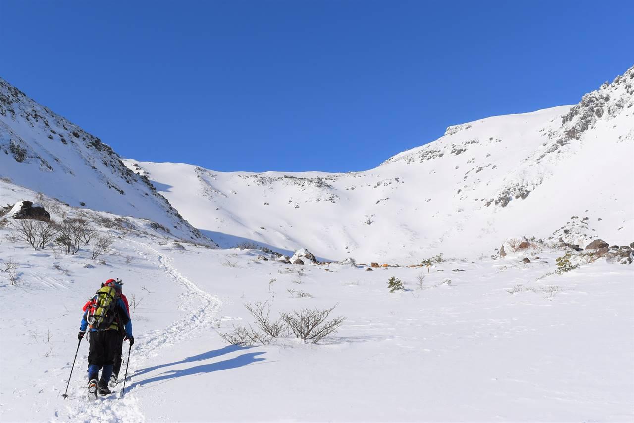 冬の安達太良山登山 くろがね小屋から山頂へ