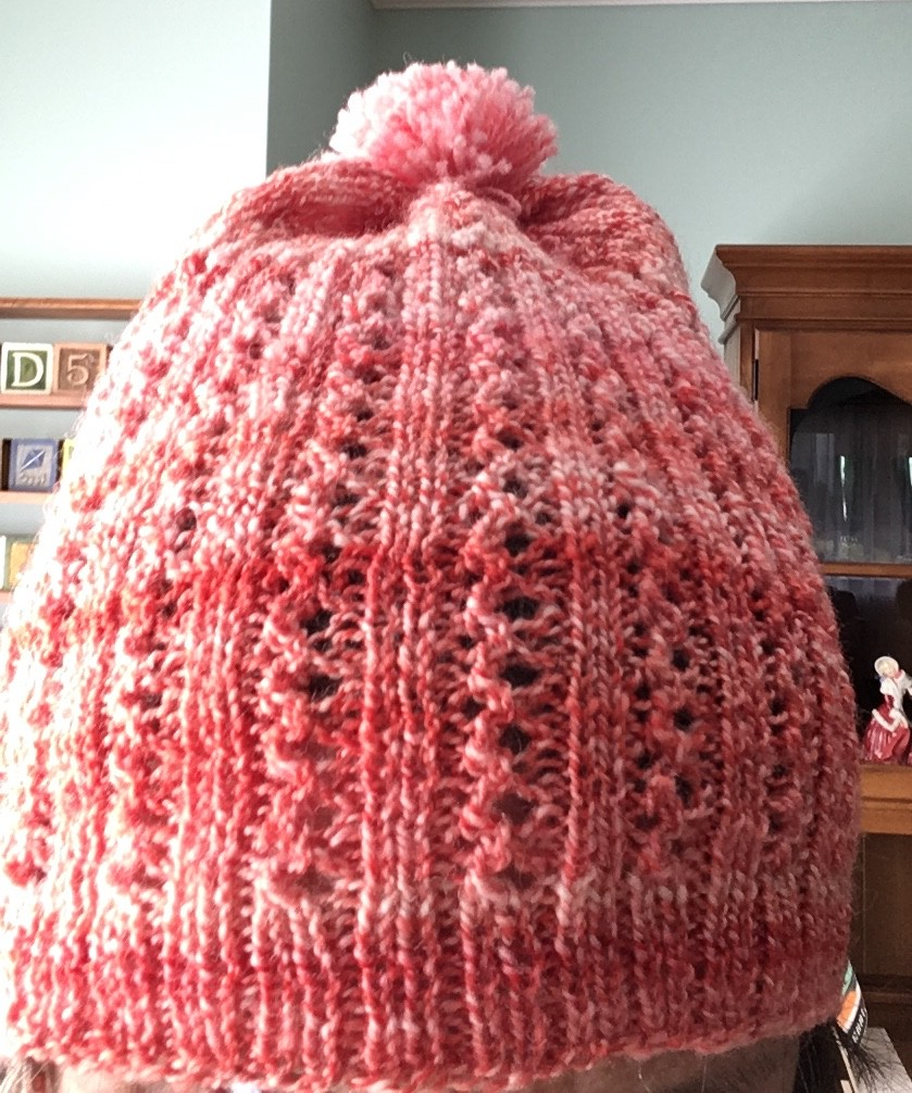 e620dc53 A hat I knitted to match a pair of fingerless mitts I made last fall. The  picture captures the color of the yarn pretty closely.