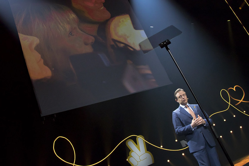 Bart De Wever spreekt het publiek toe met nieuwjaarsspeech
