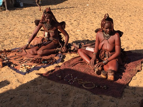 Himba village, Serra Cafema Camp, private guide, Wilderness Safaris, Africa's Leading Safari Tour Operator, Kunene River, Hartmann valley, Serra Cafema, Epupa, Opuwo, Namib Desert, Namibia, Angola, luxury www.wilderness-safaris.com/ | by jens kuhfs