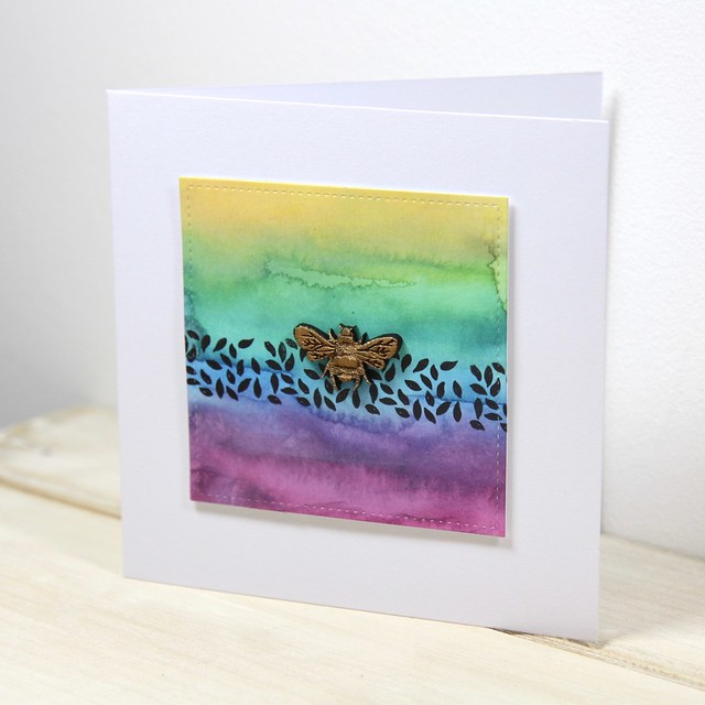 How to use Distress Oxides – technique 6 - painting with an aqua brush. Finished card with stamped leaves and wooden bee