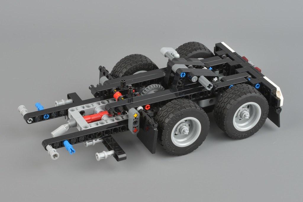 LEGO Technic 42078 Mack Anthem review | Brickset: LEGO set