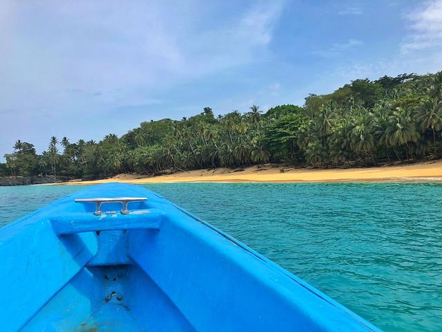 Barco en Santo Tomé y Príncipe